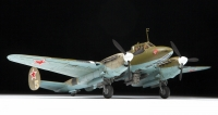 Советский пикирующий бомбардировщик Пе-2